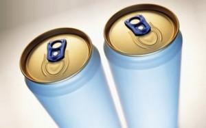 Энергетические напитки вредны для зубов