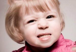 Причины бруксизма у детей