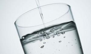 Фторирование питьевой воды понижает риск развития кариеса у взрослых